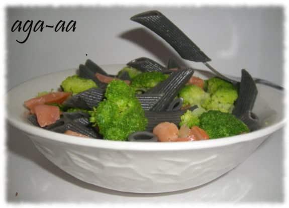 makaron penne z brokułami