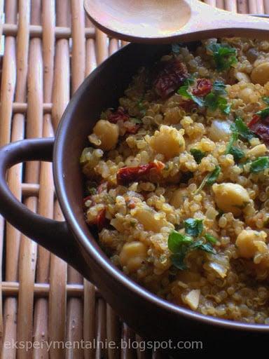 Quinoa z ciecierzycą