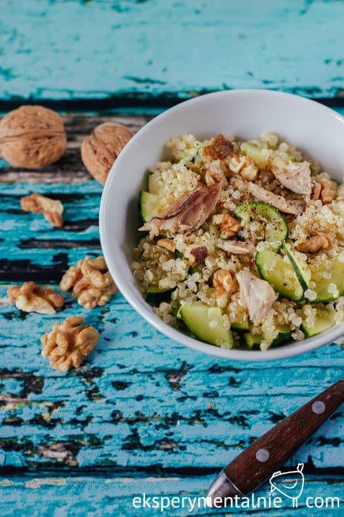 komosa ryżowa z cukinią i kurczakiem