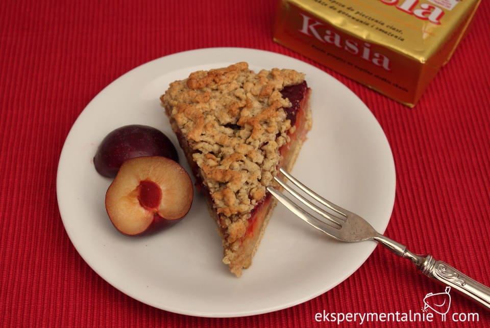 ciasto z jabłkami i śliwkami