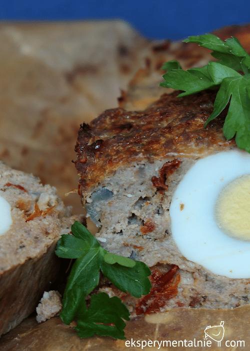 pieczeń rzymska z mięsa mielonego z jajkiem