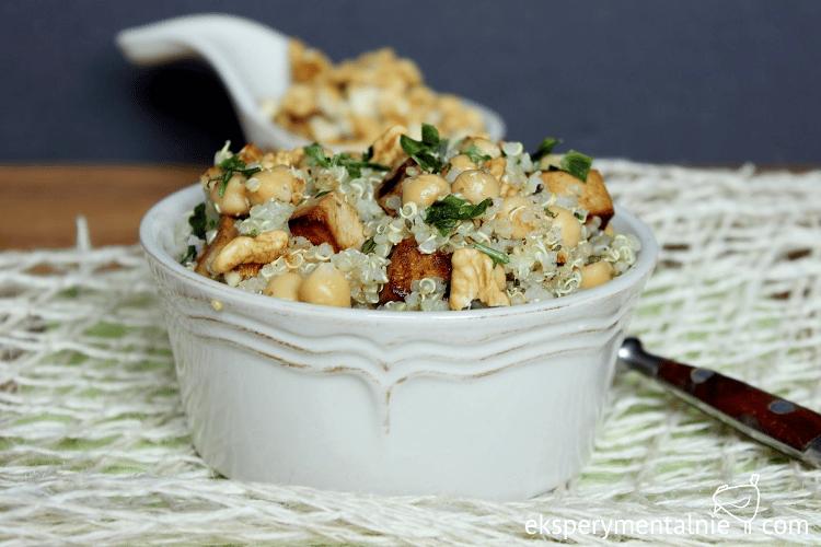 Obiad Na Wynos Quinoa Z Tofu I Ciecierzyca