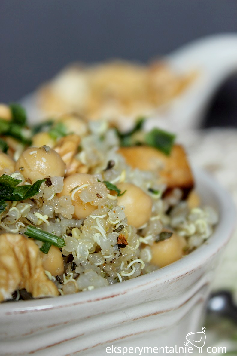 komosa ryżowa z ciecierzycą