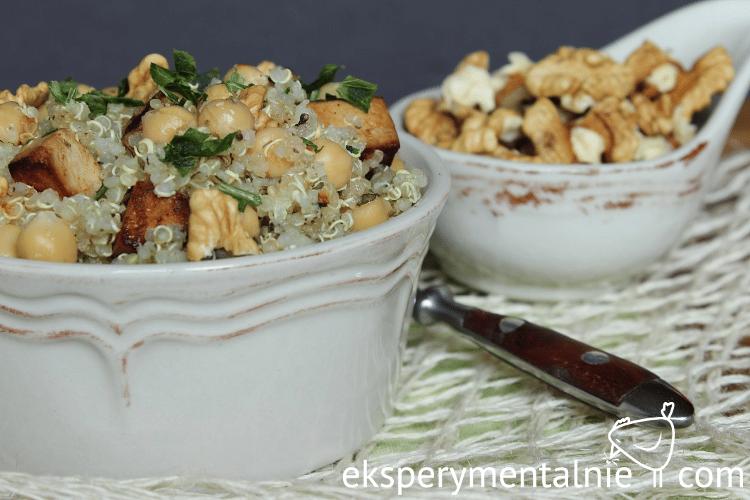 obiad na wynos quinoa z ciecierzycą