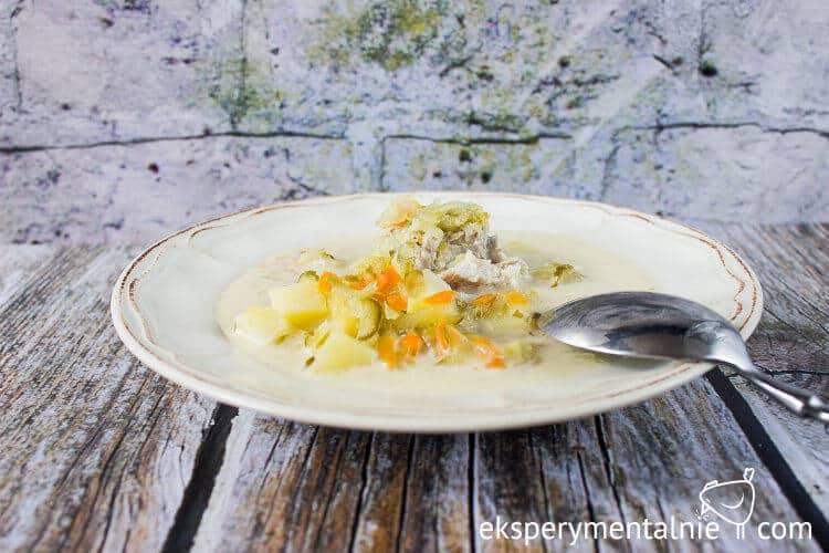 zupa-ogorkowa-z-ziemniakami