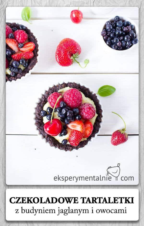 Jaglane ciasto z budyniem jaglanym i owocami