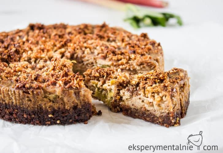 Ciasto z rabarbarem i kruszonką - ciasto bez mąki
